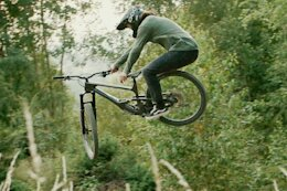Video: Bike Surfing & Carving Turns in Slovakia