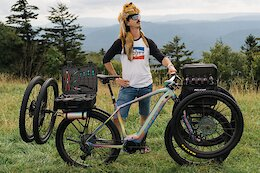 Bike Check: Brad Copeland's 'Mechanic's Superbike,' a Modified eCommuter Designed for Kate Courtney's Tech Support