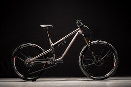 Commencal Launches Mixed-Wheel 2022 Meta SX
