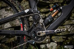 Spotted: A New 165mm Travel Enduro Race Bike From Deviate