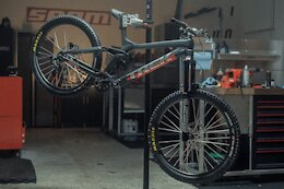 Brandon Semenuk's Slopestyle Inspired Red Bull Rampage Bike