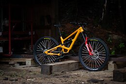 Bike Check: Peter Jamison's YT Capra