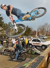 BMX Park Rallies A Community! -Toronto, Ontario