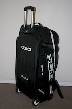 Ogio 9800 Gear Bag Review.