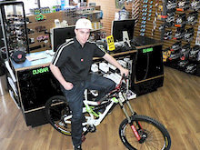 Devinci Bikes signs Canadian National DH Champ Andrew Mitchell