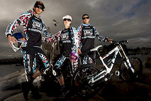 Team Animal Commencal 2009