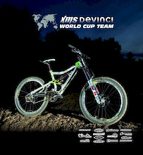 XMS Devinci World Cup Team
