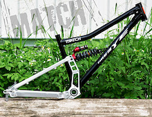 FireEye Full Suspension Frame - Match