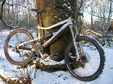Devinci Hectik Ltd. coping admirably in the snowy conditions