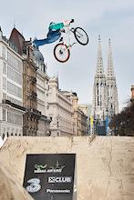 Dirt jump weekend in Vienna. dartmoor-bikes.com