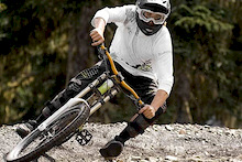 Evan Schwartz on Devinci for 2 more years!