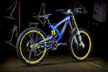 Intense Cycles USA announces its M9-FRO Downhill race bike