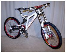 Xprezo Furax DH Race Bike Review
