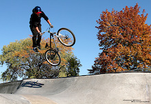 Atomlab Rider Joe Perrizo - A Day At The Park