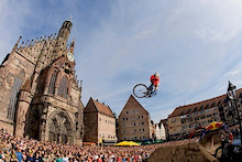 Red Bull District Ride: The Legend Returns