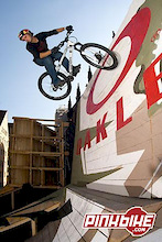 Aaron Chase attacks Nuremberg with Urban Freeride