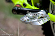 Specialized Prototype Pedals And Carbon Full face