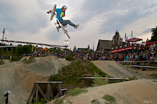 iXS Dirt Masters - SKS Slopestyle Story and Giro Best Trick