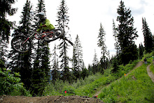 Video: Sun Peaks Bike Park - Silvia Shreds It