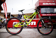 Riding Brendan Fairclough's Specialized Demo 8
