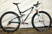 Lapierre Shows Full Carbon 29er at Roc d'Azur