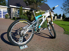 this is me new bike for 2012. a yeti 303 2008
