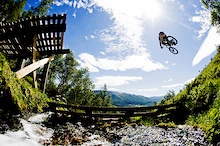 Behind the Lens - Mattias Fredriksson