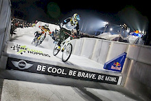 Red Bull Crashed Ice - On bikes!