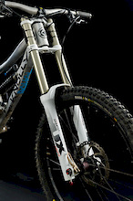 First Look: Suntour Rux DH Fork Prototype