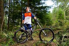 Luke Strobel Bike Check - Pivot Phoenix DH