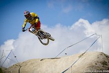 iXS European Downhill Cup 2012 - Greg Minnaar wins in Leogang!