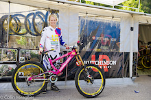 Tracey Hannah Bike Check - Val di Sole 2012