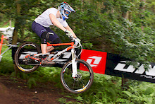 Steve Simms wins 661 Mini Downhill testing out his new bike for the Mega Avalanche
