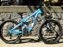 "Commencal's 24"" Mini DH Bike - Supreme 24"