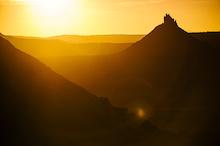 A desert sunset in Canyonland, Utah