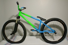 Thanks to LamaCycles and Ns Bikes 2013 is gonna be awesome!