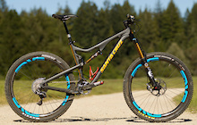 First Ride: Santa Cruz Bronson Carbon - 650B Ripper