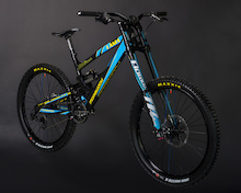 2013 Lama Cycles DH Team