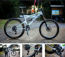 Video: Martin Maes Bike Check - EWS Round 1 Punta Ala