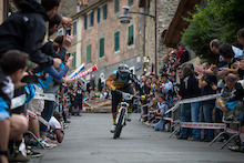 Barel, Moseley Win First Enduro World Series Event