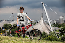 Bike Check: Matt Jones's Prototype Saracen Slopestyle Bike