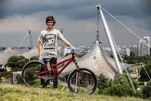 Bike Check: Matt Jones's Prototype Saracen Slopestyle Bike