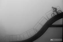 Pompon drops in in the fog on the iconic MSA start ramp.