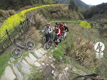 MTB Freeride in Shexian (China, Anhui), Spring 2013