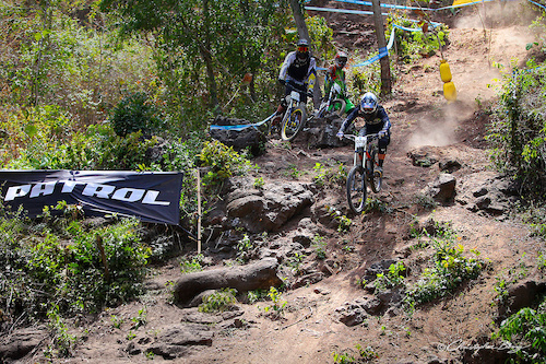 http://www.flickr.com/photos/christopher-berry/sets/72157637289071645/  http://thechristopherberry.com/galleries/asia-pacific-downhill-challenge-2013/