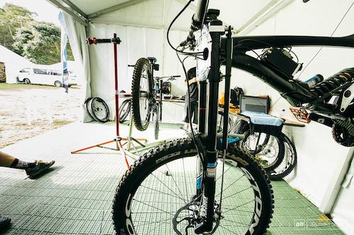 Lapierre 722 prototype with data acquisition, Cairns WC, 2014