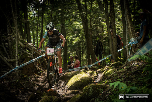 Emily Batty duked it out with Katerina Nash, but slipped back to fifth place on the last lap.