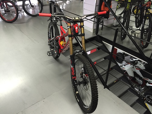 2014 Demo 8 S - Works Carbon
