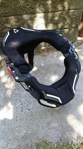 2014 Leatt DBX Comp 3 Neck Brace