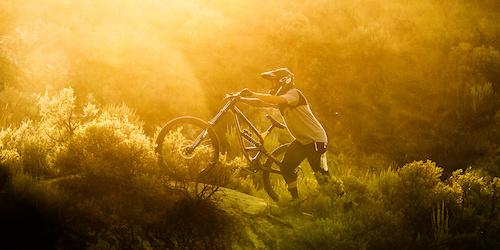 Surfing Trails - BTS -  RED - Gemini ©fastfokus - Damien Vergez